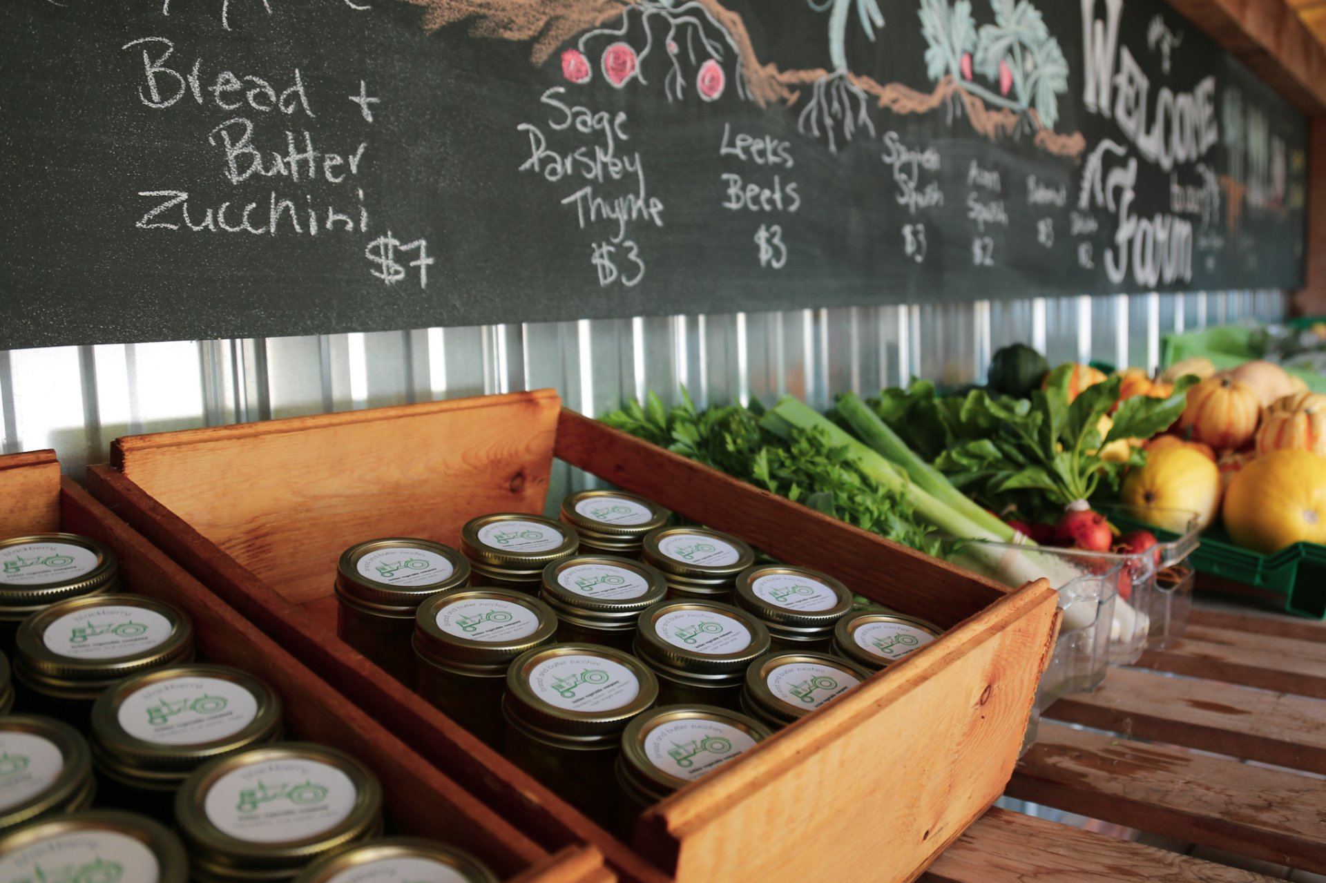 fall preserves in the farmstand